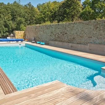 Por qu es recomendable tener una piscina de agua salada for Piscinas de sal