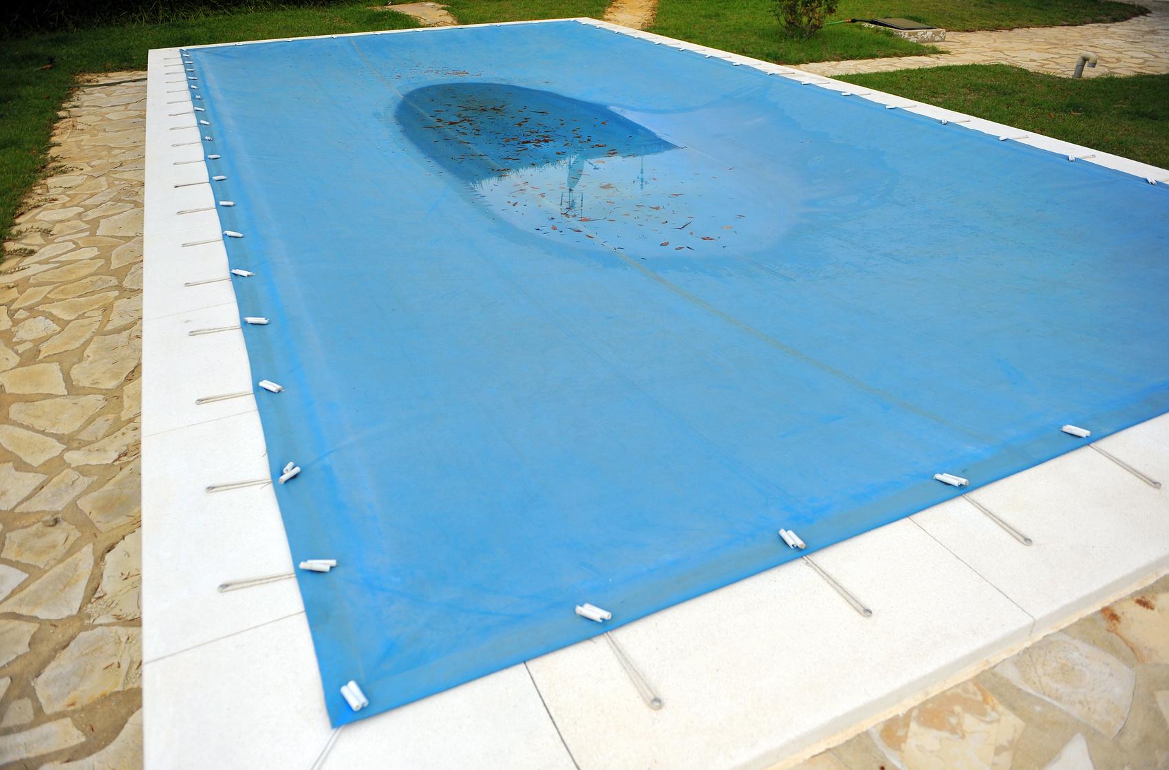 Mantenimiento de piscinas en invierno construcci n for Mantenimiento piscina invierno