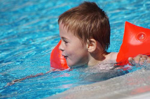qu es la otitis del nadador
