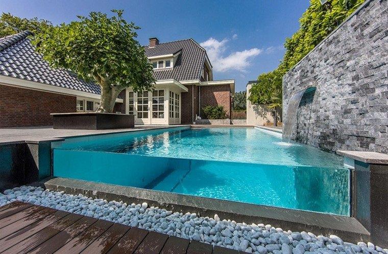 construcción de piscinas muro acrílico