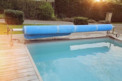 Consejos para piscinas de poli ster en invierno piscinas for Mantenimiento piscina invierno