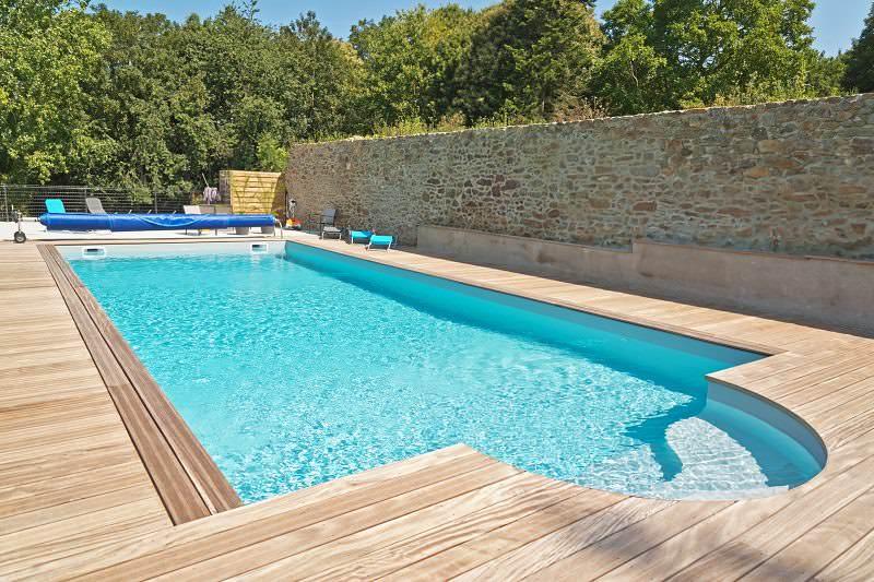 Consejos para piscinas de poli ster en invierno piscinas for Piscina poliester