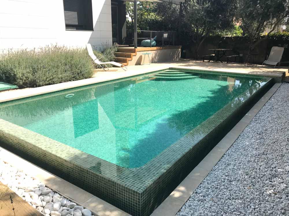 Instalaci n de piscinas construcci n de piscinas en madrid for Construccion de piscinas en madrid