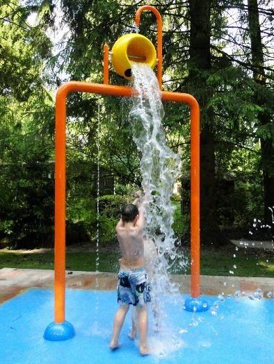 juegos de agua para piscinas