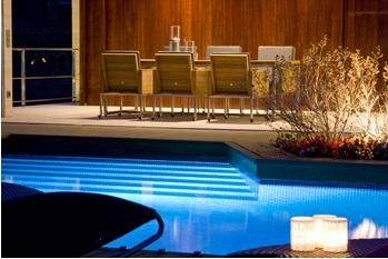 iluminación led de piscinas