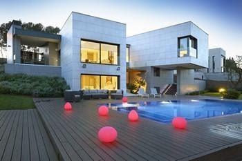 luz-led-exterior piscinas