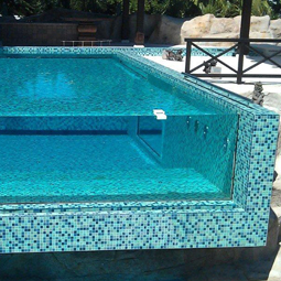 ventana piscina aqflux
